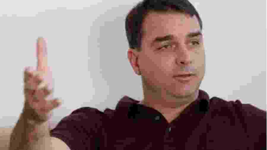 O senador Flávio Bolsonaro (Republicanos-RJ) teria recebido informações sigilosas sobre a Operação Furna da Onça da PF, afirma ex-aliado da família - Dida Sampaio/Estadão