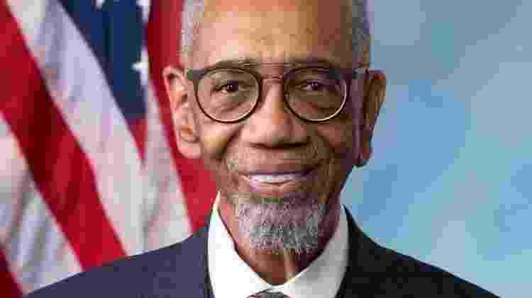 Projeto de lei do deputado Bobby Rush, democrata do Estado de Illinois, recebeu 410 votos a favor e quatro votos contra - Divulgação
