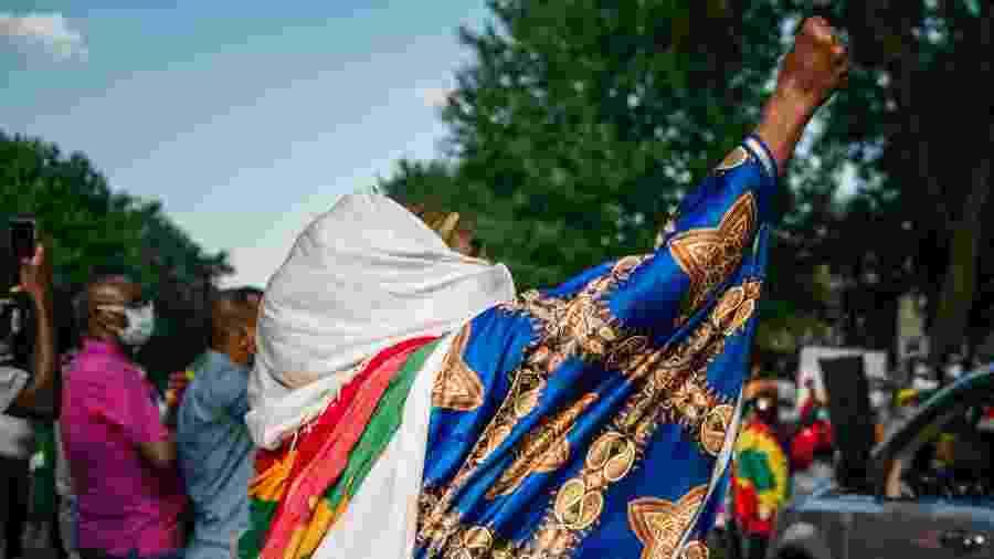03/07/2020 - A comunidade etíope dos Estados Unidos também foi às ruas contra a morte do cantor Hachalu Hundessa na Etiópia  - Brandon Bell/AFP