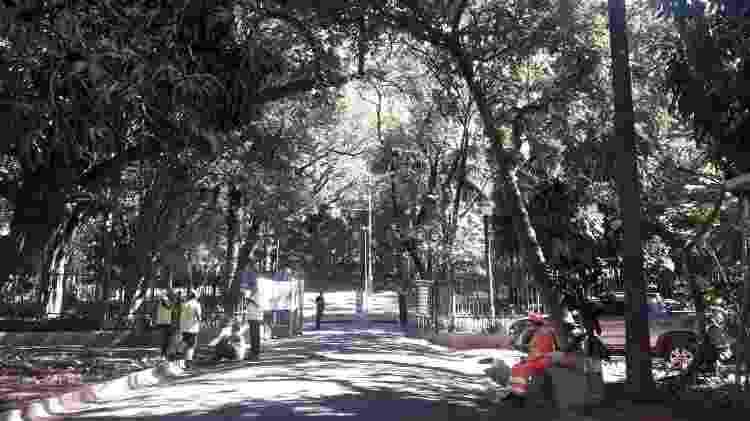 Entrada principal do parque Buenos Aires, em Higienópolis - Wanderley Preite Sobrinho/UOL - Wanderley Preite Sobrinho/UOL