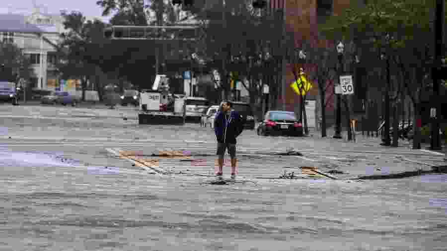 16/09/2020 - Furacão Sally foi um dos que causou inundações no sul dos Estados Unidos - CHANDAN KHANNA/AFP