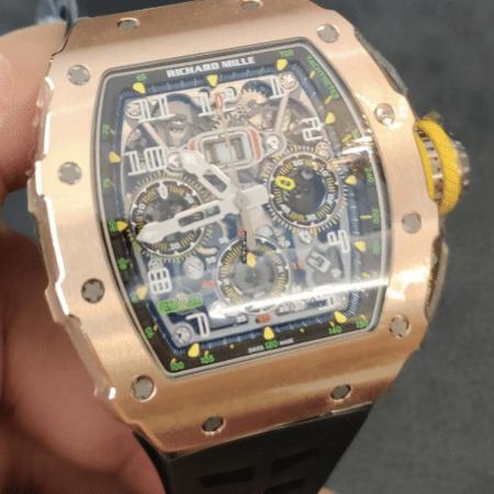 Relógio roubado, semelhante ao da foto, é feito de ouro maciço e avaliado em mais de R$ 2,9 milhões - Reprodução/Internet/Chrono24