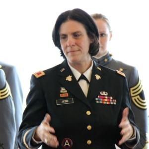 A coronel Cindy Jebb, em foto de 2 de março de 2014