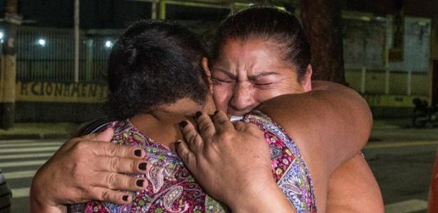 Familiares das vítimas da chacina de Osasco comemoram a condenação de PM