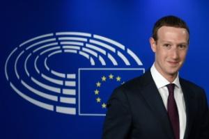 Confuso, Facebook parece não saber que tipo de conteúdo deve ser apagado da rede social (Foto: John Thys/AFP)