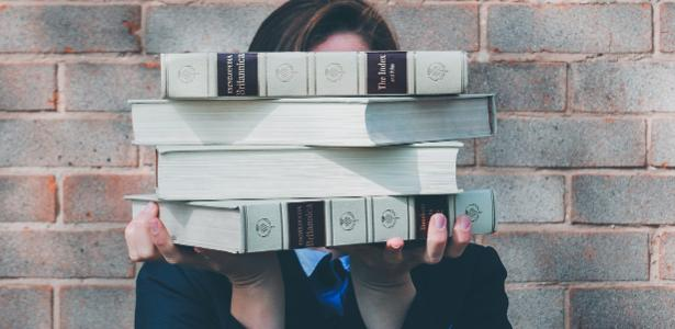 Curso não assegura promoção | MBA pago pela empresa? Veja o que elas oferecem - e o que cobram depois