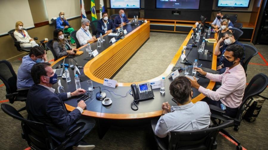 Paes e sua equipe se reúnem com representantes de Niterói para discutir a pandemia - Ricardo Cassiano/Prefeitura do Rio