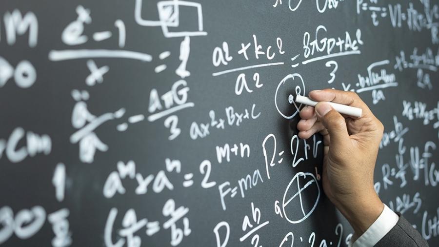 O comportamento humano é regido por uma série de equações, diz o matemático David Sumpter - iStock