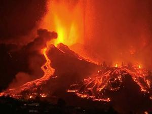 Erupción del volcán canario - FORT / vía Reuters - FORT / vía Reuters
