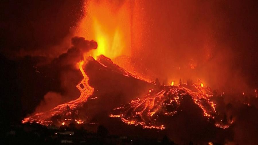 Vulcão de Cumbre Vieja entra em erupção, nas Ilhas Canárias (Espanha) - FORTA/via REUTERS