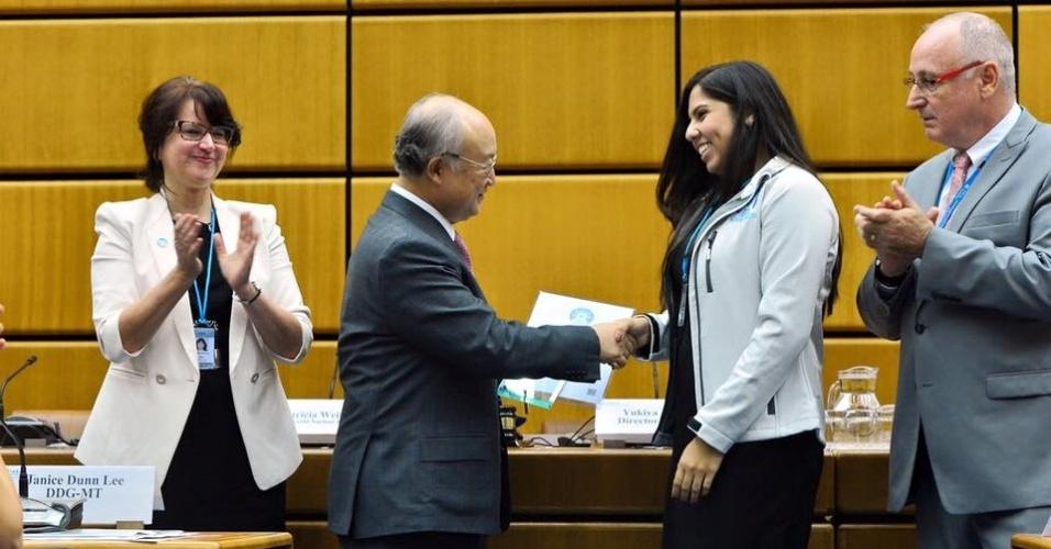 Alice Cunha da Silva vence final mundial de Olimpíada Nuclear