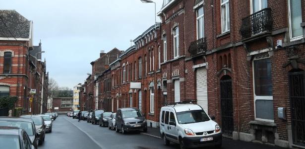 Vista da rue du Fort, em Charleroi, na Bélgica, onde foi localizado um dos imóveis foi localizado
