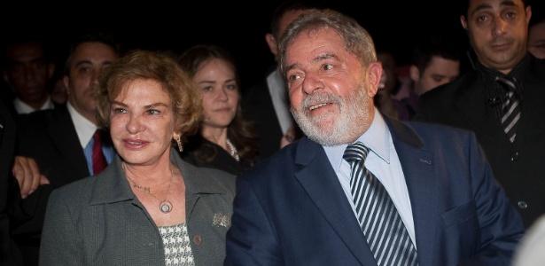 O ex-presidente Lula e a primeira-dama Marisa Letícia durante visita a Casa Cor 2011, em São Paulo