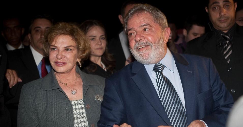 25.jan.2017 - O ex-presidente Luiz Inácio Lula da Silva e a primeira-dama Marisa Letícia durante visita a Casa Cor 2011, em São Paulo