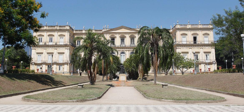 Museu Nacional, localizado na Quinta da Boa Vista, no Rio de Janeiro, antes do incêndio que o destruiu - Pedro Teixeira/Agência O Globo