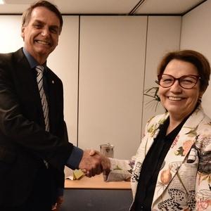 8.nov.2018 - Presidente eleito Jair Bolsonaro e futura ministra da Agricultura, Tereza Cristina