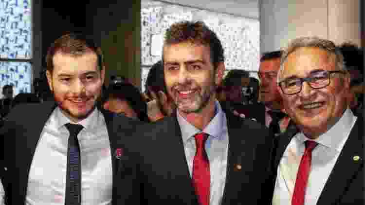O presidente nacional do PSOL, Juliano Medeiros, e os deputados federais Marcelo Freixo (PSOL-RJ) e Edmilson Rodrigues (PSOL-PA) - Reprodução - 1º.fev.2019/Twitter/EdmilsonPSOL