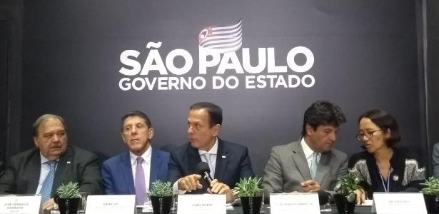 Temor de epidemia global   São Paulo investiga 85 suspeitas de covid-19 após caso confirmado
