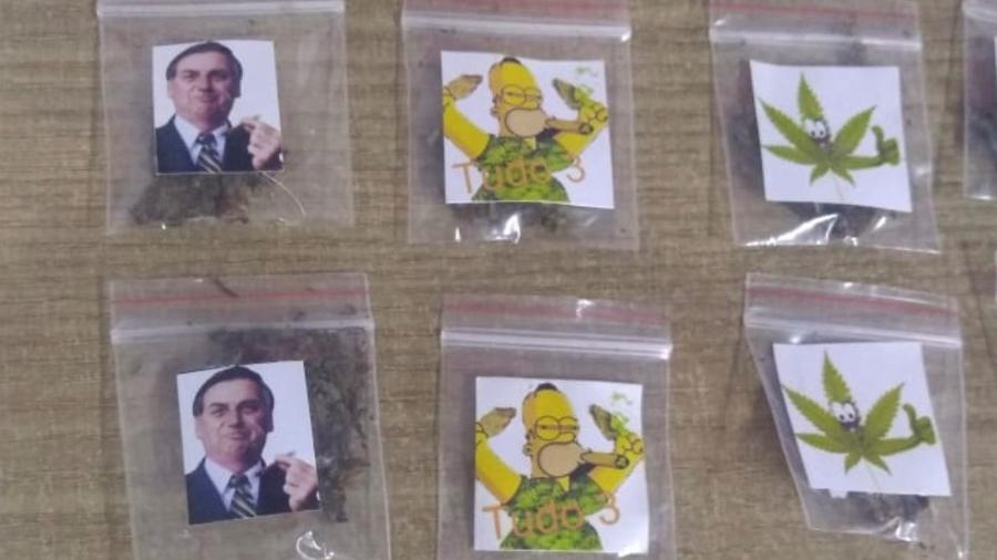 Saquinhos com maconha com foto de Jair Bolsonaro estampadas foram apreendidos pela polícia - Divulgação