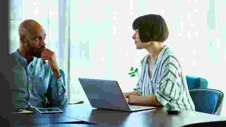 Se seu chefe está indo para o escritório, isso oferece uma vantagem para a equipe que faz o mesmo? - Getty Images - Getty Images