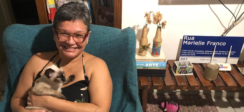 Com o nome de Maria do Socorro, a jornalista Paula Máiran passou duas noites na cela de Paula Thomaz, em 1996 - Paulo Sampaio/UOL