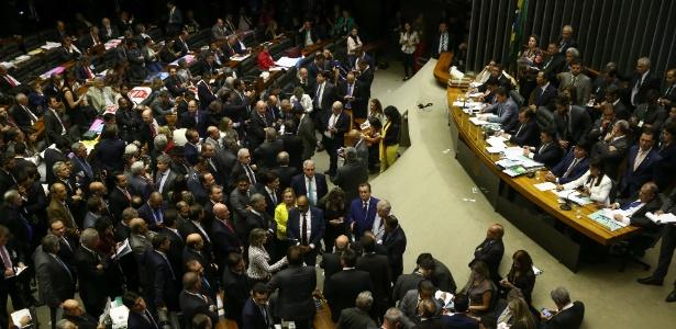 2.ago.2017 - Sessão da Câmara dos Deputados que analisou primeira denúncia contra Temer