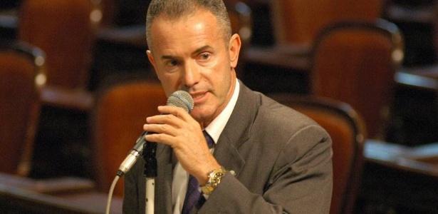 Eleito conselheiro no Vasco, Chiquinho prestigiou a posse de Eurico em 2014