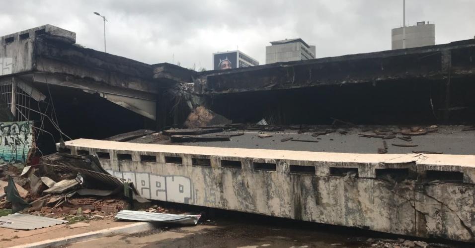 6.fev.2018 - Viaduto desabou por volta das 12h desta terça-feira (6)