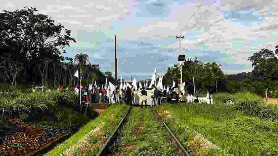 Ferrovia bloqueada é operada pela MRS Logística, que atua na Malha Sudeste e tem entre os acionistas Vale, CSN e Gerdau - Movimento dos Atingidos por Barragens/Divulgação