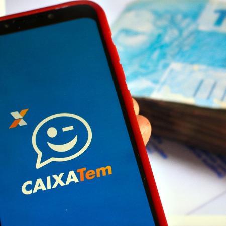 Com o aplicativo, os beneficiários não precisam pegar filas para efetuar saques e nem encostar em dinheiro dentro das lojas - Adriana Toffetti/A7 Press/Estadão Conteúdo