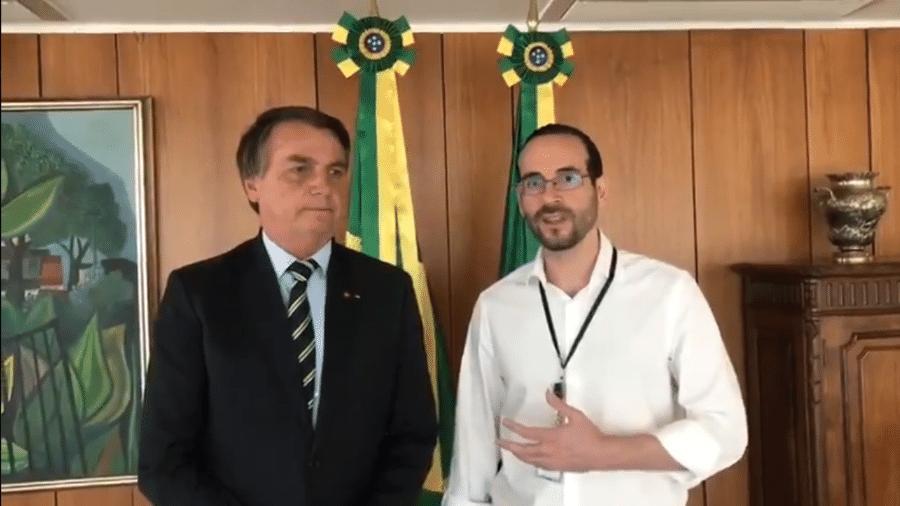 O presidente Jair Bolsonaro (sem partido) e o agora ex-assessor da Presidência, Arthur Weintraub - Reprodução/Twitter