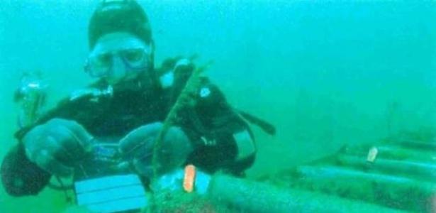 Quem conserta cabos submarinos?
