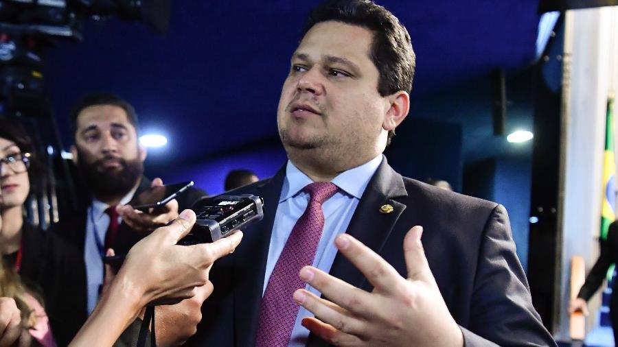4.mar.2020 - Presidente do Senado, Davi Alcolumbre (DEM-AP), concede entrevista - Waldemir Barreto/Agência Senado
