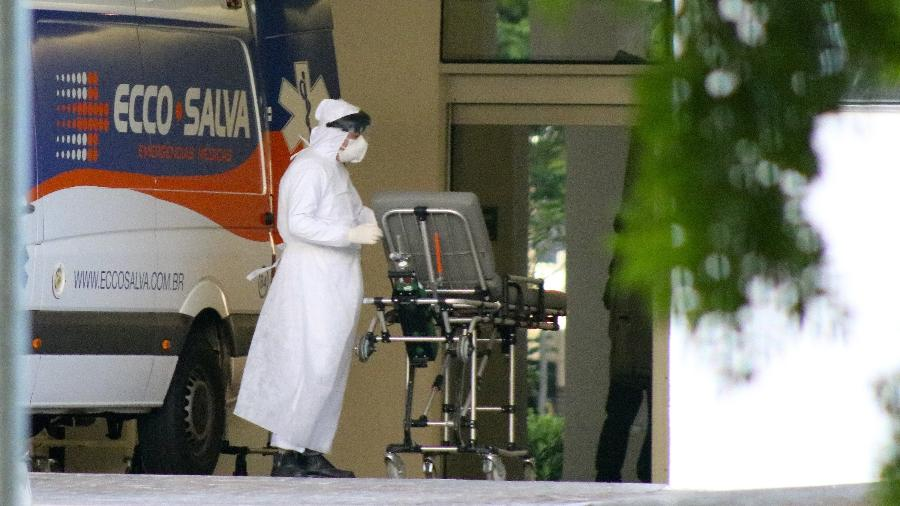 """""""É um campo de guerra, uma situação calamitosa"""", disse o superintendente do Hospital Moinhos de Vento - Miguel Noronha/Agência F8/Estadão Conteúdo"""