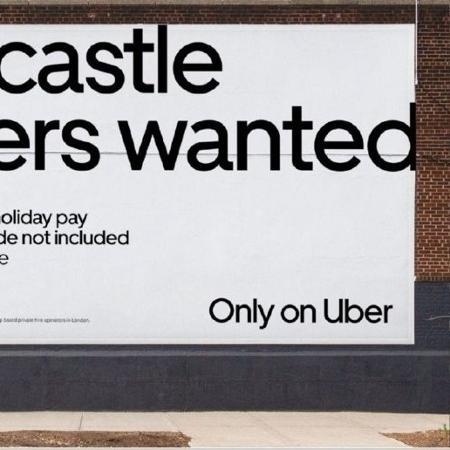 """""""Procura-se construtores de castelo de areia"""", diz outdoor da Uber espalhado por Londres - Divulgação"""
