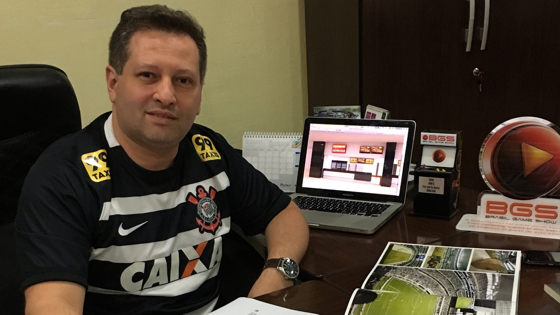 Juliano Artelli é dono da AR Fast Food, que cuida dos restaurantes do Itaquerão