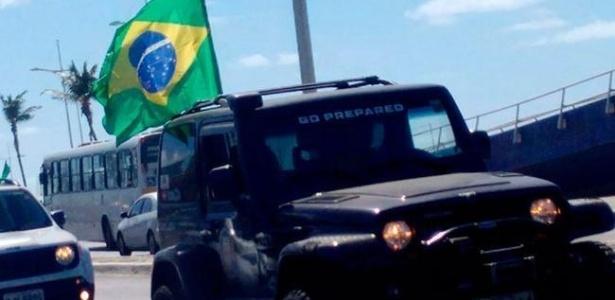 Salvador tem 'jipeata' em protesto contra corrupção e a favor do impeachment - Itana Silva | A Tarde