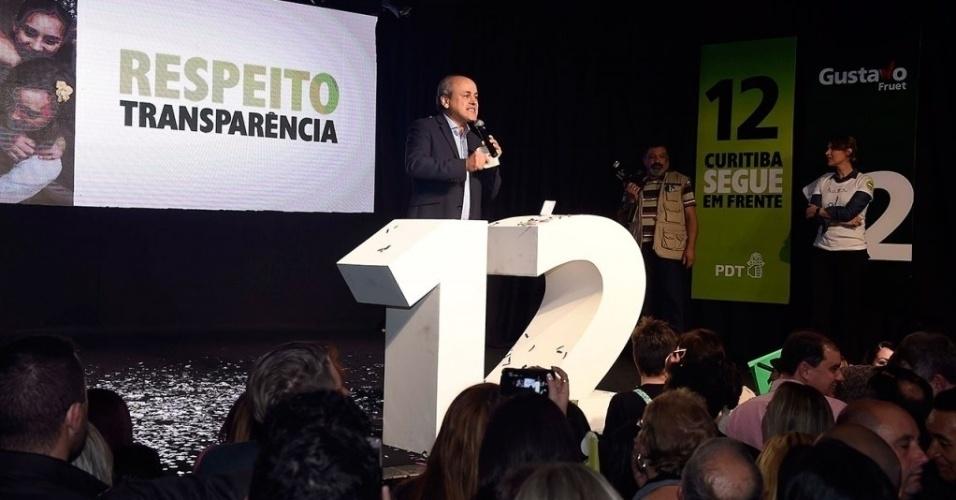 5.ago.2016 - A convenção do PDT contou com mais de 3,5 mil pessoas e confirmou o atual prefeito Gustavo Fruet como candidato à reeleição em Curitiba. O partido afirma que terá apoio do PV, PTB e PRB