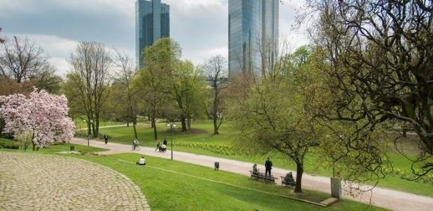 Caminho de Frankfurt acabou com o grande problema do consumo de drogas em Taunusanlage - CC BY Epizentrum 3.0