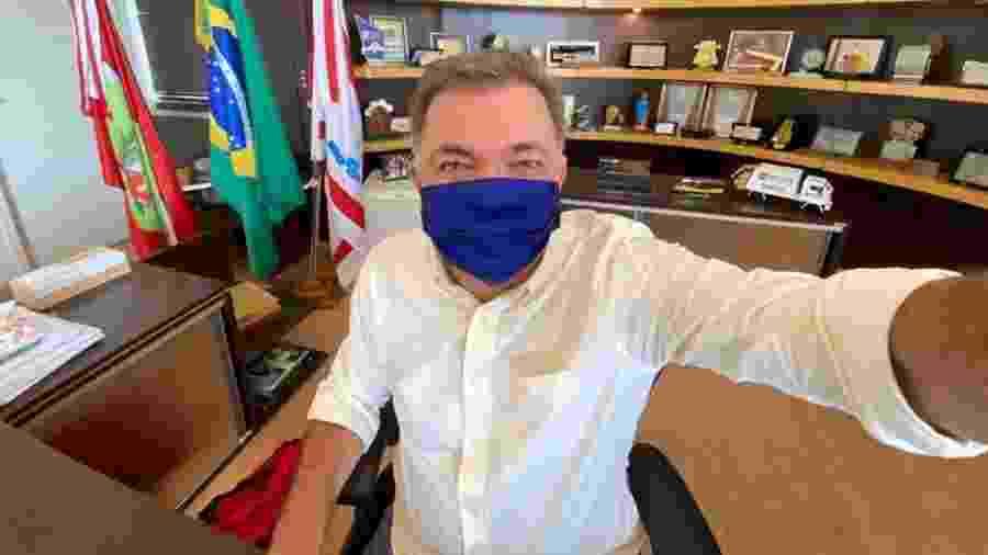 Gean Loureiro (DEM), que tenta a reeleição, é seguido por Angela Amin (PP), que tem 15% - Reprodução/Facebook