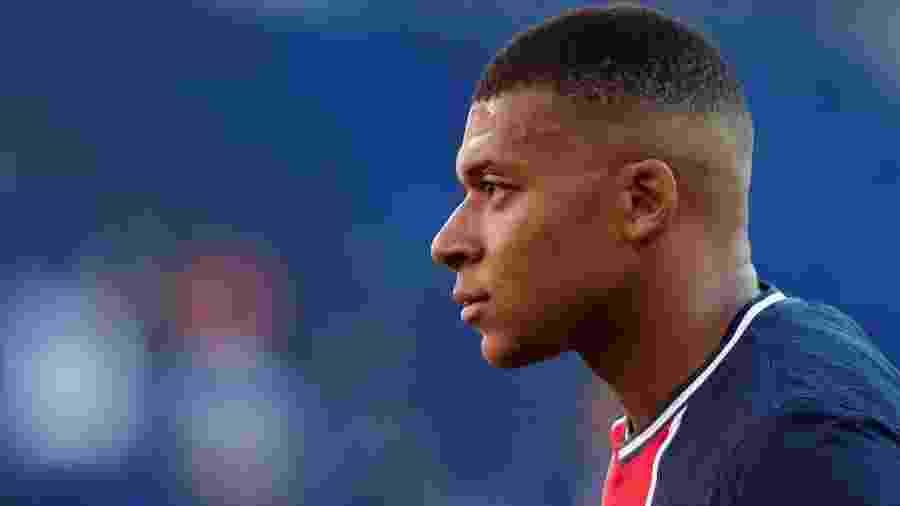 """Ex-jogador do PSG diz que Mbappé tenta """"imitar"""" Neymar - BENOIT TESSIER"""
