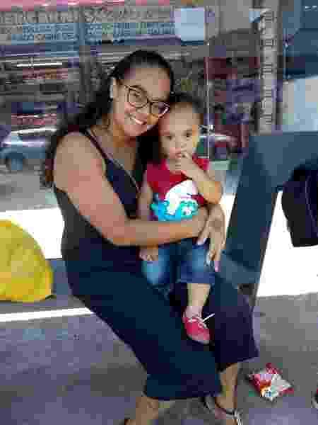 Valéria dos Santos, 29, e seu filho Luiz Miguel, 2 - Arquivo pessoal - Arquivo pessoal