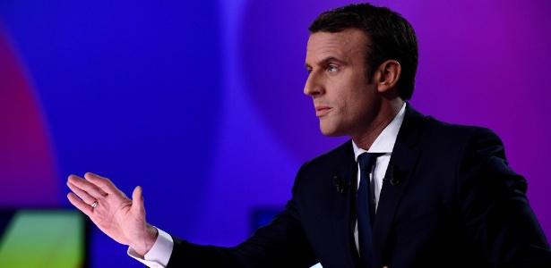 Ex-ministro e candidato liberal independente à Presidência da França, Emmanuel Macron, em entrevista à TV estatal France 2