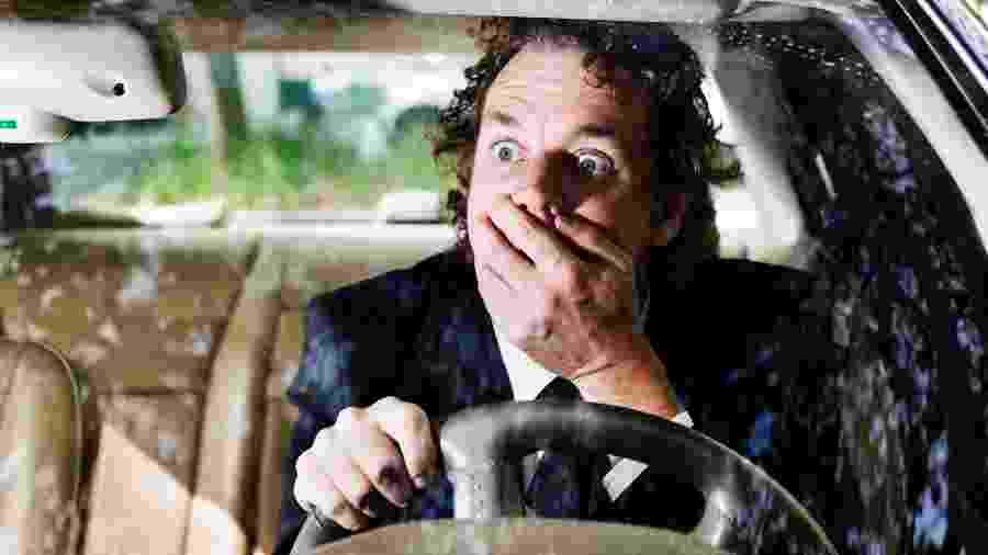 motorista; surpresa; choque; acidente; carro - Getty Images/Vetta