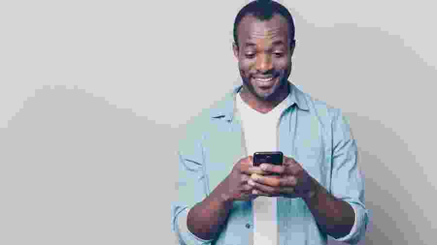 Como ler mensagens de grupos de Whatsapp sem deixar os tiques azuis - Getty Images/iStockphoto