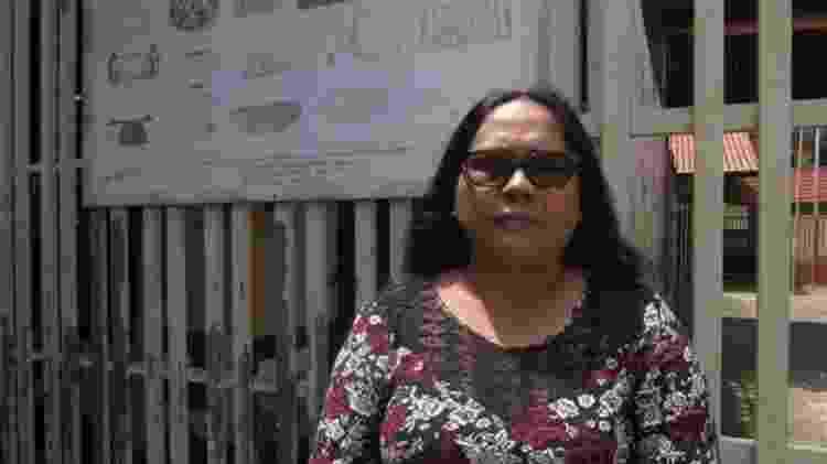 Cecília Aparai é presidente da associação indígena da região e vive na aldeia Bona, que está no projeto de regulamentação da pista de pouso - Jéssica Cruz/BBC - Jéssica Cruz/BBC
