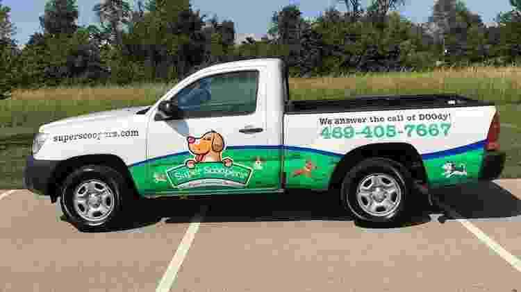 Carro utilizado pelo casal Allison and Brian Chesser, donos da Super Scoopers, em Dallas, no Texas (EUA) - Divulgação