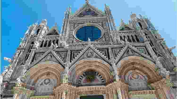 Séculos atrás a 'moda' entre os mais ricos era gastar o dinheiro construindo catedrais - Getty Images - Getty Images