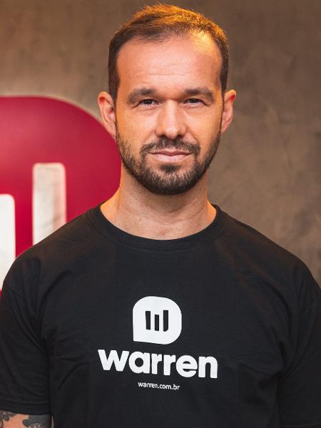Tito Gusmão, CEO da Warren, estará no Guia do Investidor UOL para falar sobre hábitos - Divulgação
