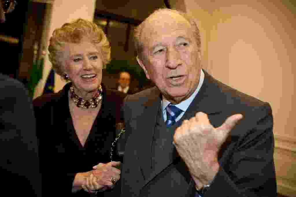 1º.jun.2010 - O empresário Luigi Bauducco, dono, herdeiro da Bauducco, durante festa no Museu da Casa Brasileira, em São Paulo - Letícia Moreira/Folhapress